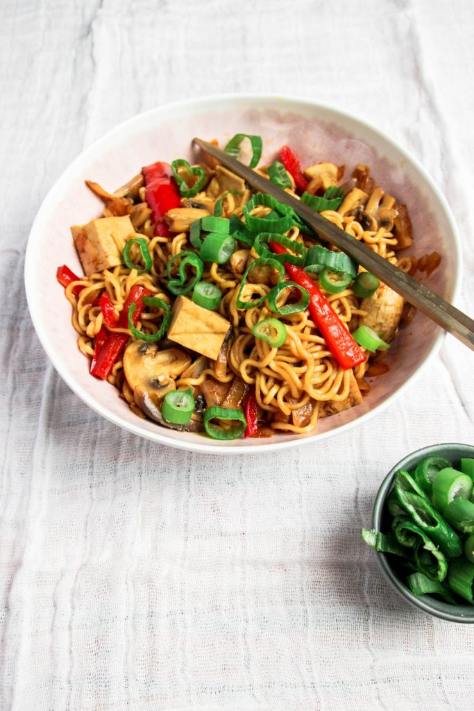 Vegan Japanese Yakisoba (stir-fry recipe) with green onions on the side